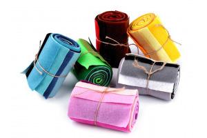 Farebná sada dekoratívnych filcov/plstí 10x45 cm