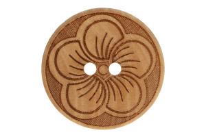 Gombík drevený - Vyrezávaný kvet