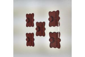 Handmade štítok - RUČNÁ PRÁCA - s motýlikom